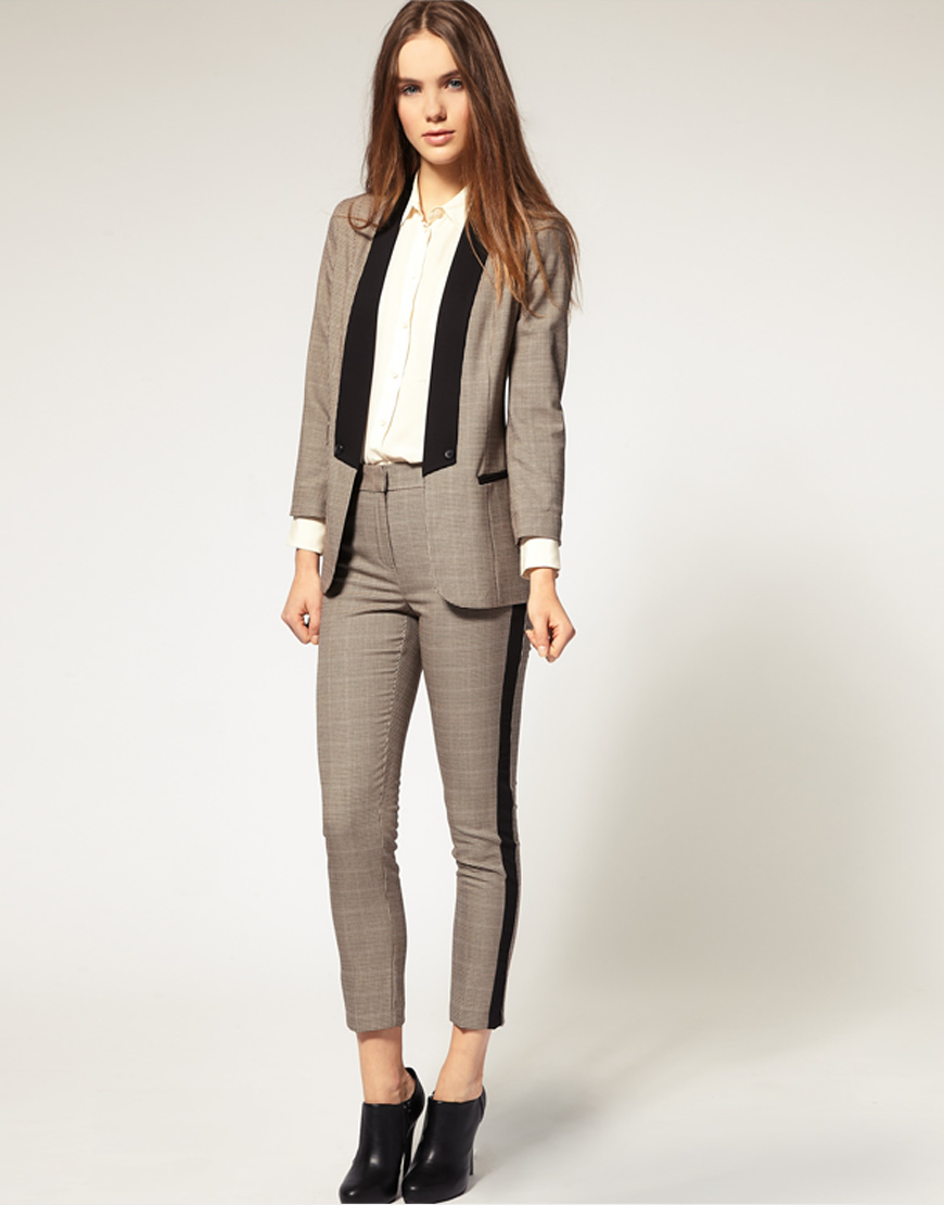 Girls In Suits Rora Blog